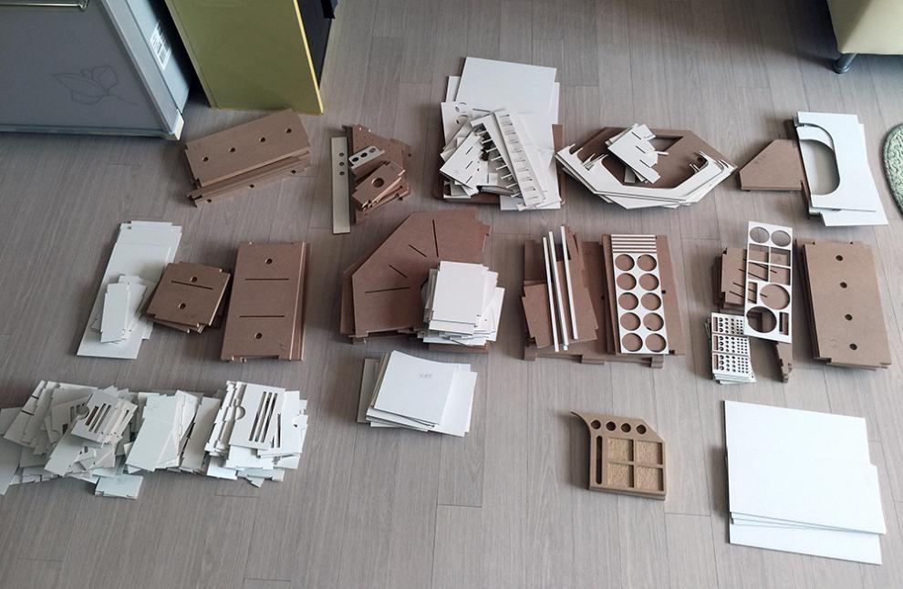 """Completed model desk system """"Arttystation""""  Post image"""